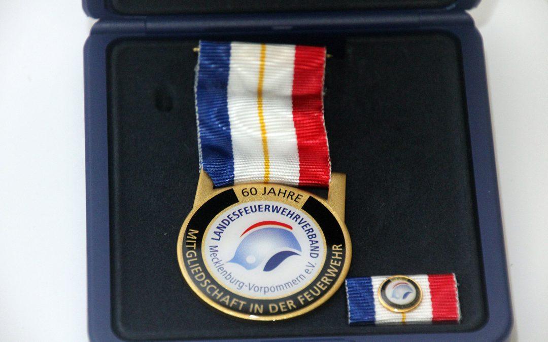Auszeichnungsveranstaltung mit dem Ehrenzeichen am Bande für 60/70 Jahre Mitgliedschaft in der Feuerwehr