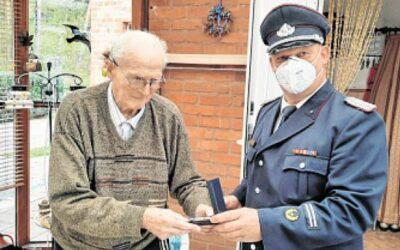 70 Jahre aktives Mitglied der Freiwilligen Feuerwehr